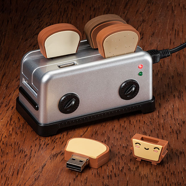 USB Toaster Hub Thumbdrives In Use