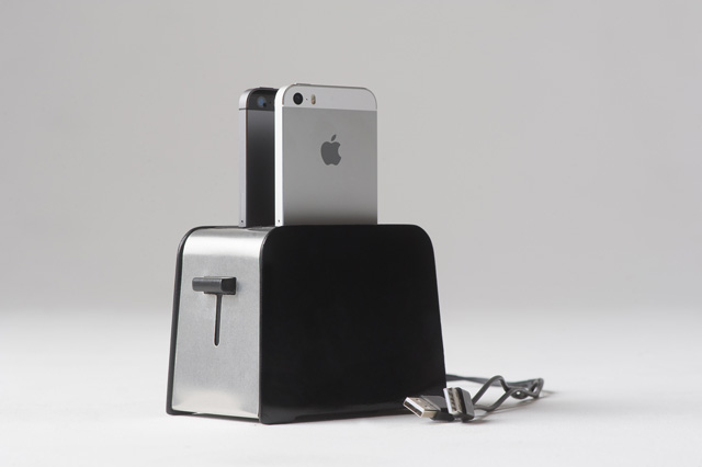 foaster-iphone-dock